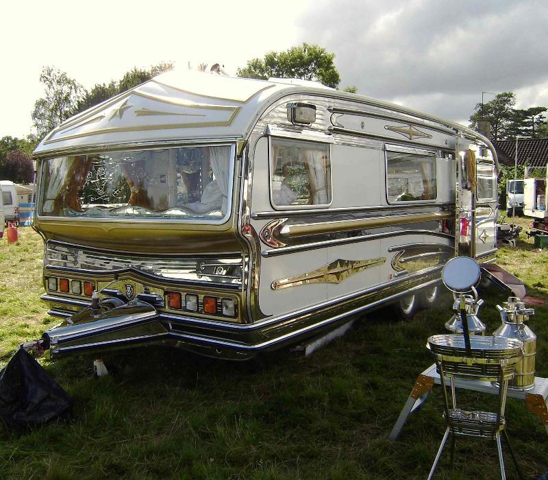 caravan1.jpg